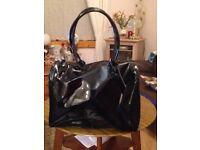 BLack patent overnight bag