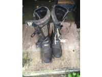 Motocross boots Wind Skywalk size 9 medium