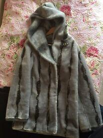 lovely grey/black 3/4 heavy inter fur coat (faux) ladies 10-12
