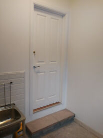 Self Contained Annex, Newly Furbished, 4 Mins to Kenley Station, All Bills Incl