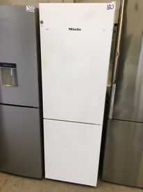 Miele KFN 28032 D WS Fridge Freezer, A++ Energy Ratings, 60cm Wide, White