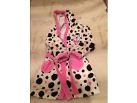 101 Dalmations Disney dressing gown like NEW age 3-4