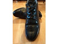 Size 7 Ghillie Brogues