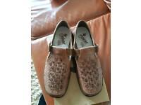 Mens sandals size 44