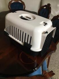 Pet travel box / case / carrier