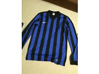 Nike performance long sleeve t shirt size medium