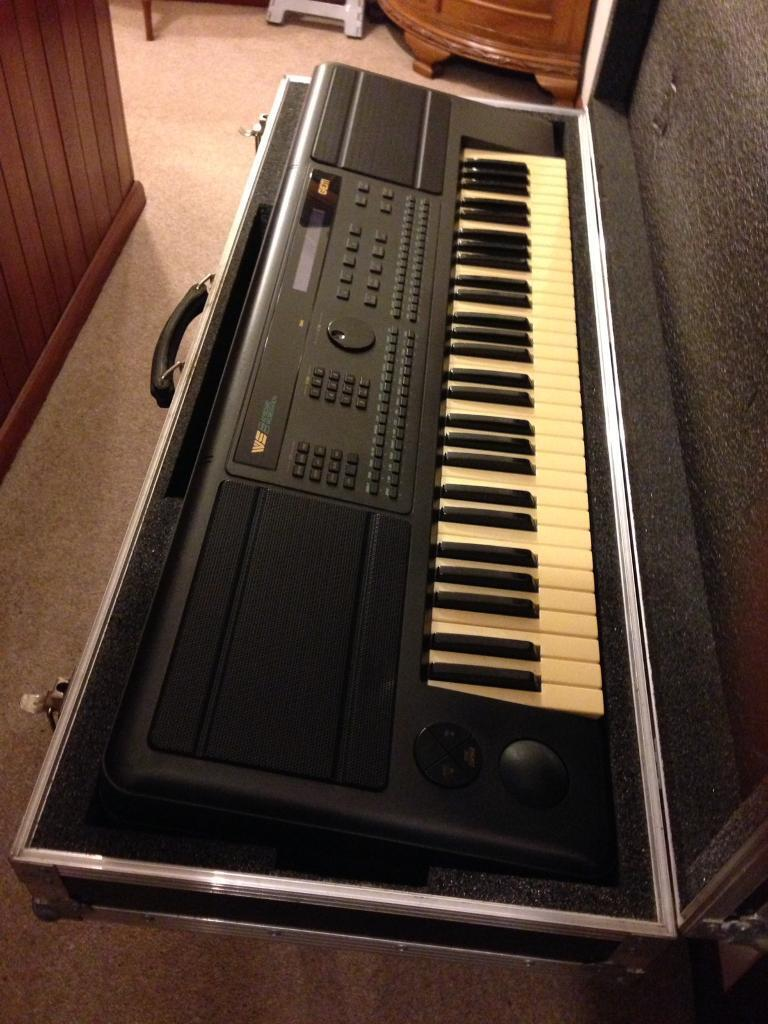 Keyboard Workstation Gem : keyboard with metal edge flight case gem workstation in nottingham city centre ~ Hamham.info Haus und Dekorationen