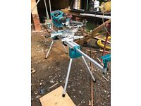 Makita ls0815 mitre saw and WST06 legstand 110v
