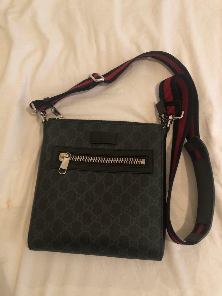 e5b96862ea6 Gucci Messenger bag