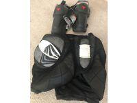 Burton RED Shorts Body Armour + Demon Knee/shin pads