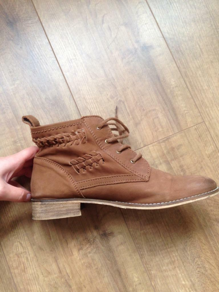 Fat face boots size 6