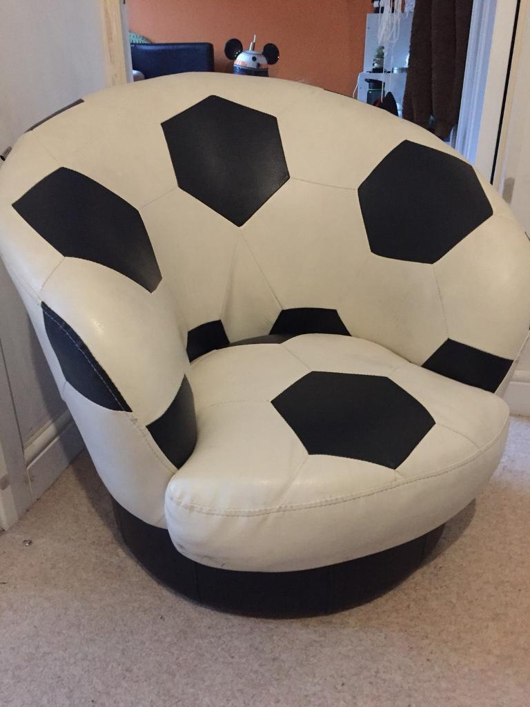 Excellent Leather Swivel Football Chair In Waterlooville Hampshire Gumtree Pdpeps Interior Chair Design Pdpepsorg