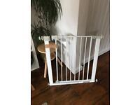 Safety 1st Pressure safety stair gate