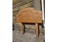 SOLID WOOD PINE HEADBOARD - SINGLE BED - GOOD CONDITION