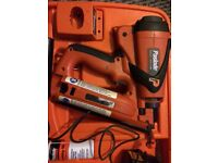 Selling my paslode nail gun only used once paid 550 will take 250 Ono