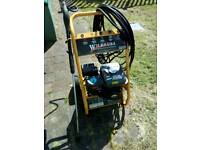 Petrol pressure washer with 20m hose and Lance, needs pump