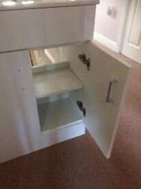 Vanity sink and cabinet 620 mm wide x 400 deep 800 high