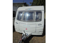 2008 Coachman VIP 520 - 4 Berth Touring Caravan With Dinette And Large Rear Washroom