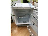 Intergrated bosh larder fridge