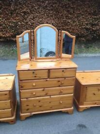 Westminster Pine chest of drawers * free furniture delivery *