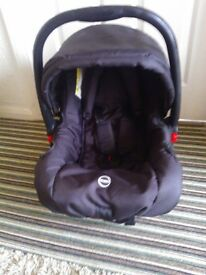 BLACK FIRST STAGE CAR SEAT
