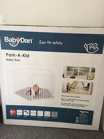 Unused Park-a-kid play den