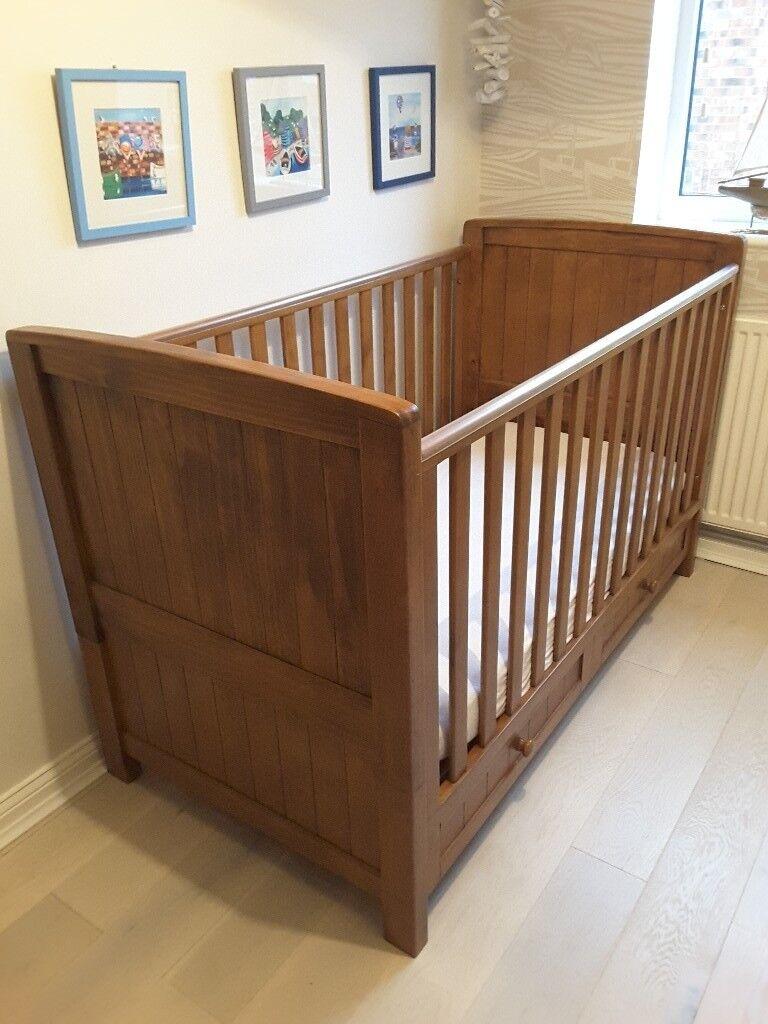 Silvercross Devonshire 3 Piece Nursery Furniture Set