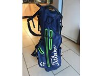 Titleist carry bag 4up leightweight carry bag used once