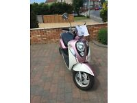 Sym Mio 50 new mot one owiner good condition