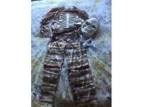Zombie skeleton Halloween outfit inc mask age 8-10