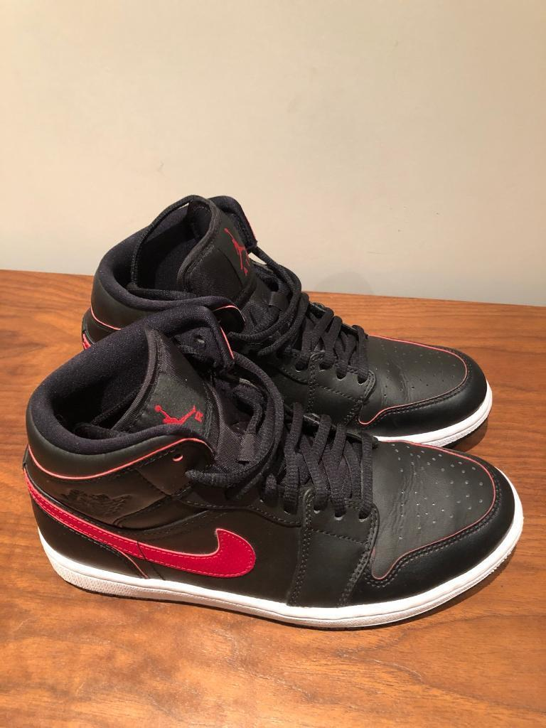 9ae1403f Nike Air Jordan 1 Hi Top Black/Red UK size 6 | in Wimbledon, London |  Gumtree