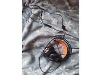 Sell headphones- Siberia 200