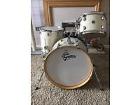Gretsch Catalina Club 4-piece shell pack with cases