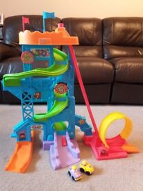 Fisher Price Loops N Swoops Amusement park