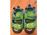 Boys sandals with lights. Size 8. Like new - postage available