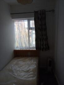 Small Room in Dagenham