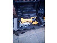 2 x dewalt saws