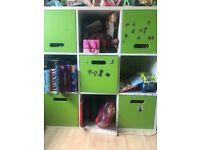 Kids shelf unit