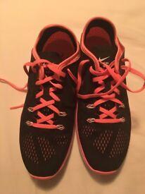 Nike Ladies Trainers,never worn