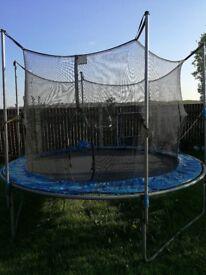 Trampoline 8 feet