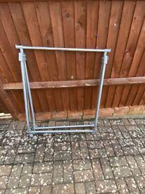 Portable clothes rails
