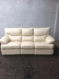 Reclining cream leather 3 &2 seater suite * free furniture delivery*