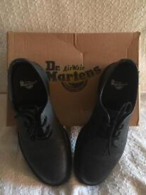1461 Black Pebble Effect Leather Dr Martens Shoes Size 4 (Brand New With Box)