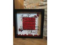 Stunning love quote frame