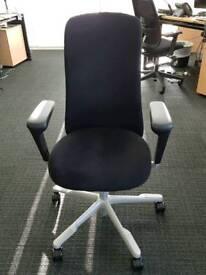 HAGSofi 7300 ergonomic chair