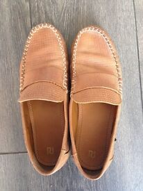 River island tan loafers size uk 4