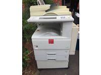 Commercial photocopier
