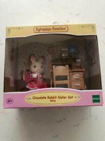 BRAND NEW Sylvanian Families Chocolate Rabbit Sister Set