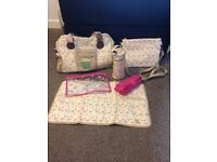 Yummy mummy large flamingo changing bag & accessories