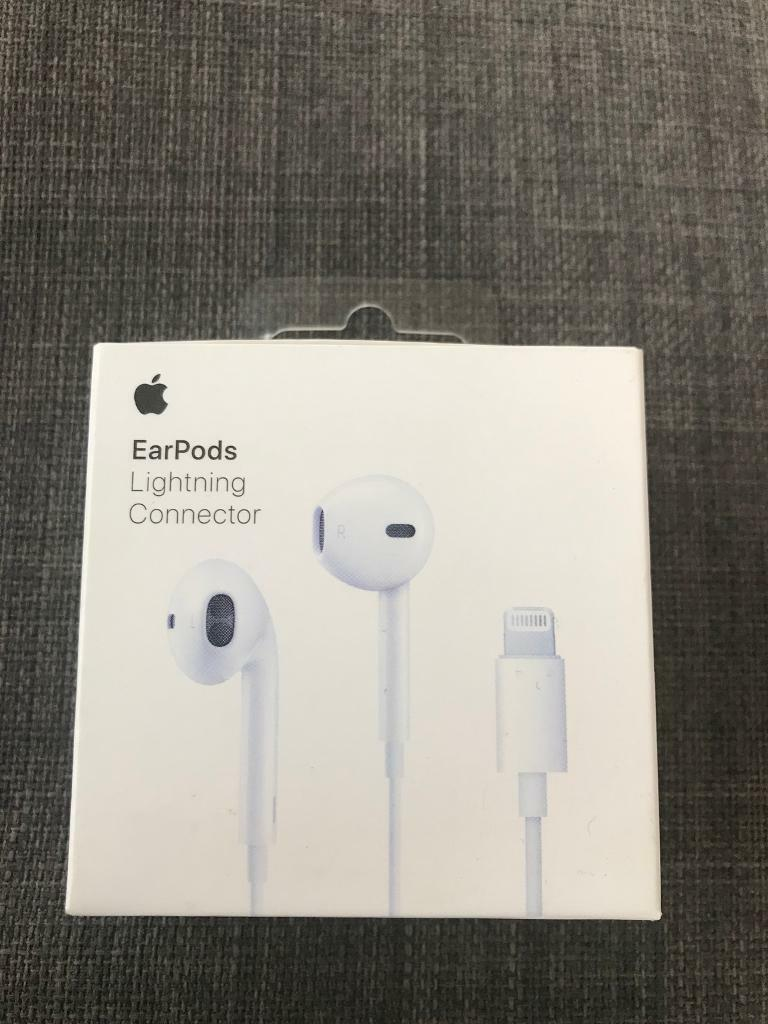 10a3a218ddb Apple EarPods with lightning connector | in Nailsea, Bristol | Gumtree